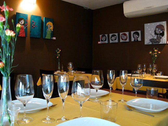En un entorno muy artístico el restaurante Montiel ofrece una cocina tradicional española