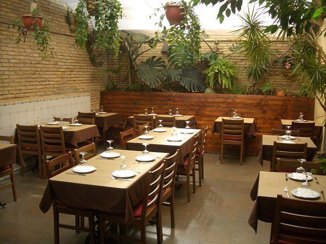 El menú del día de Ana Eva cuesta 13€ y se sirve los jueves y viernes a la hora de la comida