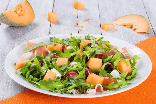 Si le añades a esta fruta un poco de queso de cabra encontrarás una combinación perfecta