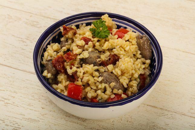 La ensalada de quinoa te ayudará a mantener la línea