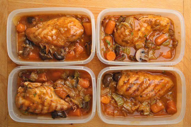 Haz comida abundante y repártela para comerla durante la semana