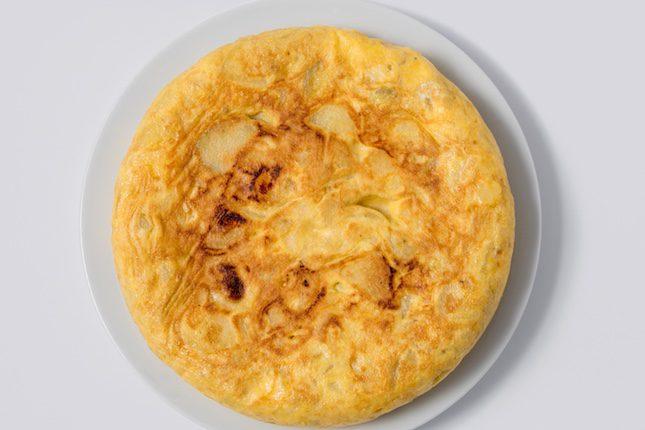Puedes elegir si tu tortilla llevará cebolla o no