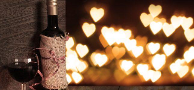 El vino blanco es perfecto para las parejas que se caracterizan por la transparencia.