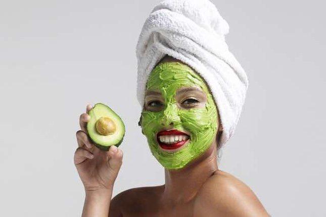 Utiliza la ralladura de semilla de aguacate para acabar con el acné
