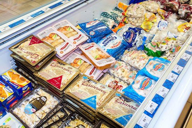 No compres muchos alimentos congelados para ir acabando los que tienes en casa </p><p>y evitar que se echen a perder