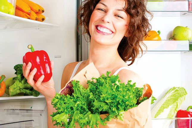 Lo mejor para conservar las verduras es guardarlas directamente en el cajón, sin plásticos ni envases
