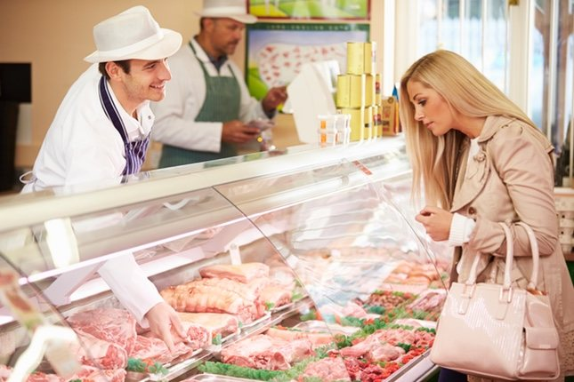 Evita tirar comida comprando los productos frescos solo cuando vayas a cocinarlos