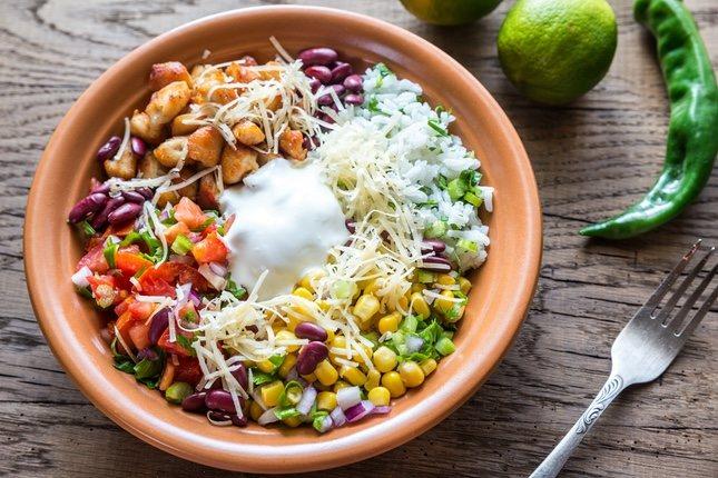 En Tierra Burrito Bar podrás disfrutar del tradicional burrito en forma de ensalada