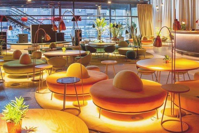 El restaurante Nubel se encuentra el Museo Nacional Centro de Arte Reina Sofía y sus brunch tienen el mollete de cristal como denominador común / Fuente: @nubelmadrid
