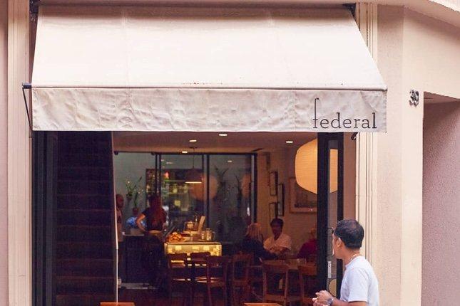 Federal Café cuenta con repostería casera y tostadas australianas de mantequilla con miel / Fuente: @thefederalcafe