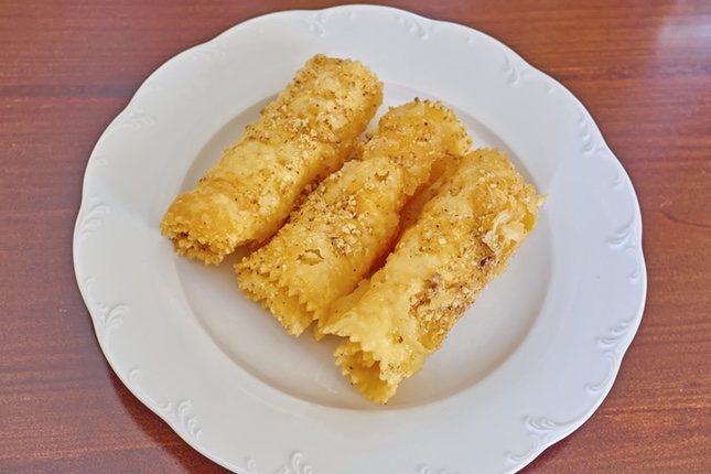 Los diples suelen untarse en almíbar o miel