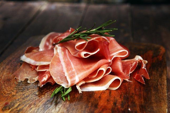 El prosciutto es el jamón serrano en Italia