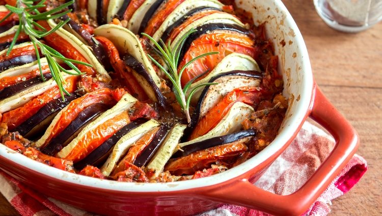 Para que el resultado sea exquisito debes aromatizar el plato al finalizar su elaboración