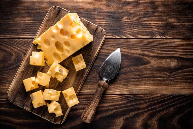 El queso emmental fue de los primeros en llegar a España