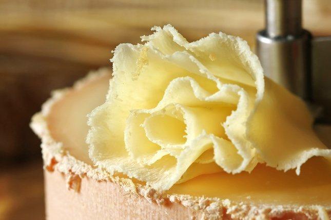 Es un queso semiduro con un gran contenido de vitaminas