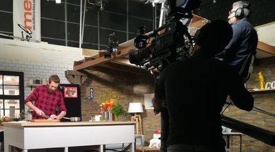 'Los 22 minutos de Julius': Así es Canal Cocina detrás de las cámaras