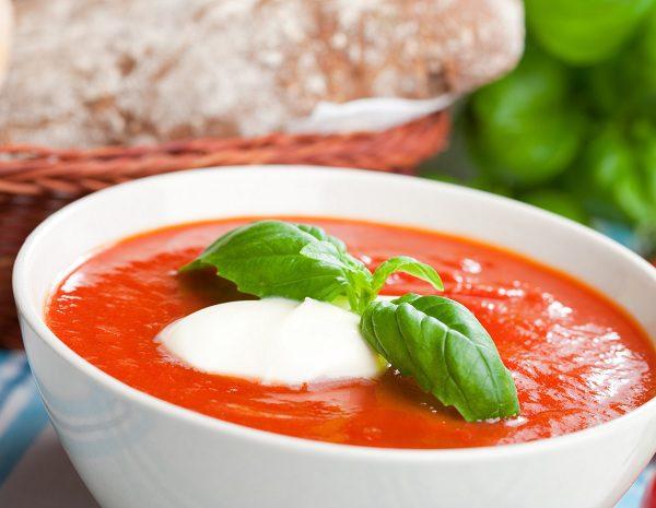 como hacer una rica sopa de tomate casera