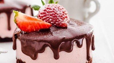 Tarta de fresa y chocolate